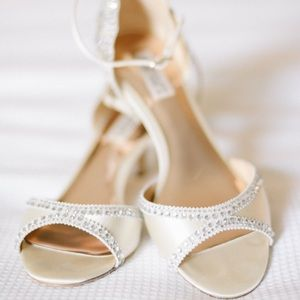 Badgley Mischka Wedding Heel Gillian Pump
